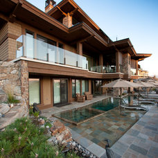 Contemporary Exterior by Bill Daniels . DesignerWR Daniels design Corp