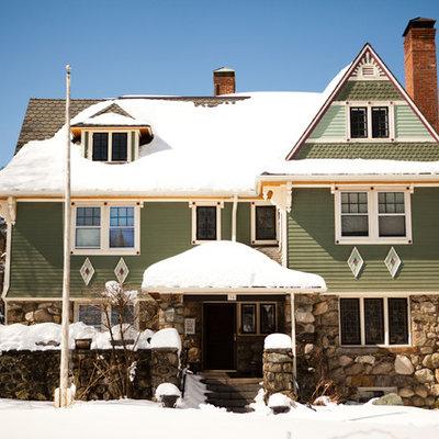 Victorian green exterior home idea in Boston