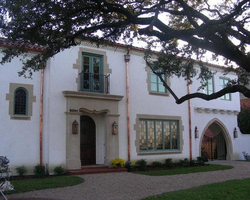Foto e idee per facciate di case facciata di una casa dallas for Moderni piani di case ranch sollevate