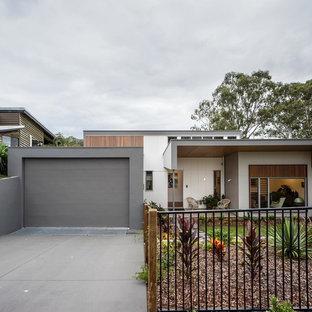 Design ideas for a contemporary exterior in Sunshine Coast.