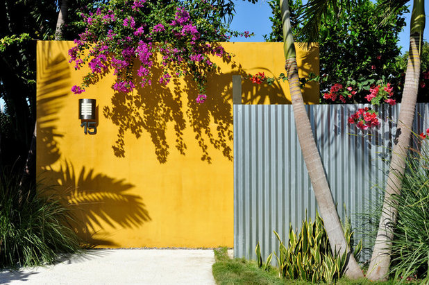 Corrugated Metal Is a Sustainable Material for Your Landscape