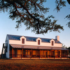 Farmhouse Exterior by Michael G Imber, Architects