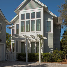 Traditional Exterior by Geoff Chick & Associates