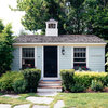 Houzz Tour: 1950s Maine Nostalgia Guides Tiny Cottage's Design