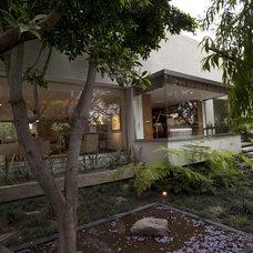 Contemporary Exterior by vgzarquitectura y diseño sc