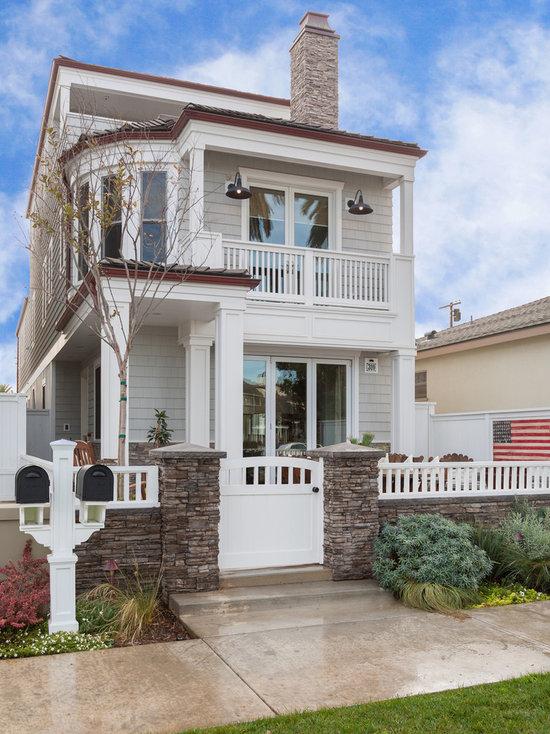 Stunning California Beach House Inspired By The Horizon: Sherwin Williams Stone Lion