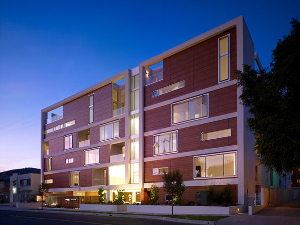 Modern Exterior by the Hollywood Condos