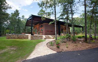 Houzz Tour: Under a Metal Canopy in Texas