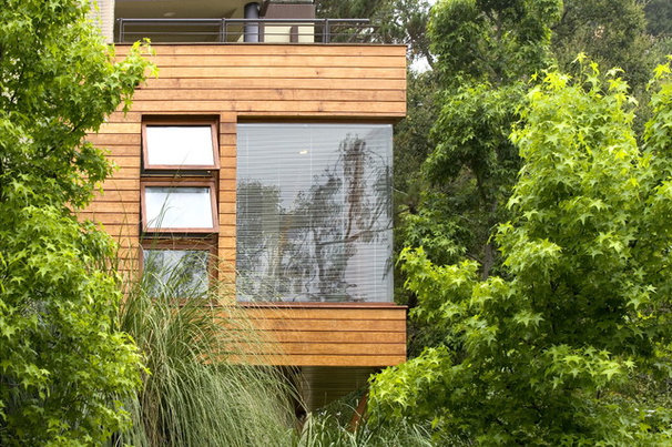 Contemporary Exterior by Ehrenclou Architects