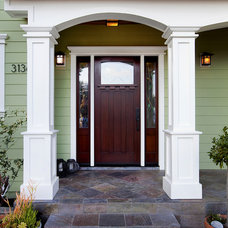 Contemporary Entry by B&R Creative Builders