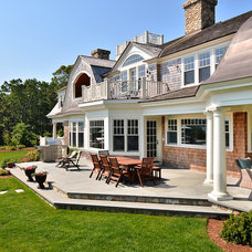 Traditional Exterior by JB Robbie Builders Inc.