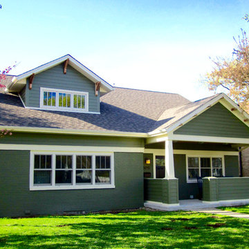 Cape Cod Style Home - Evanston, IL in James Hardie Siding & Trim