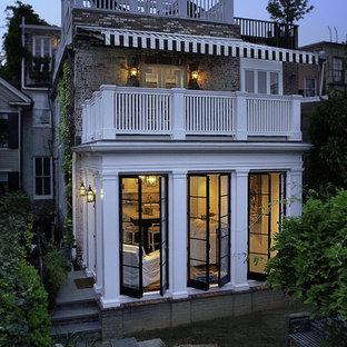 Idéer för att renovera ett vintage hus, med två våningar och tegel