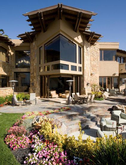 Craftsman Exterior by Friehauf Architects Inc.