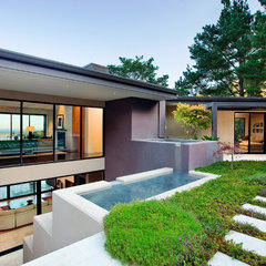 contemporary exterior by Dan Curran Architecture