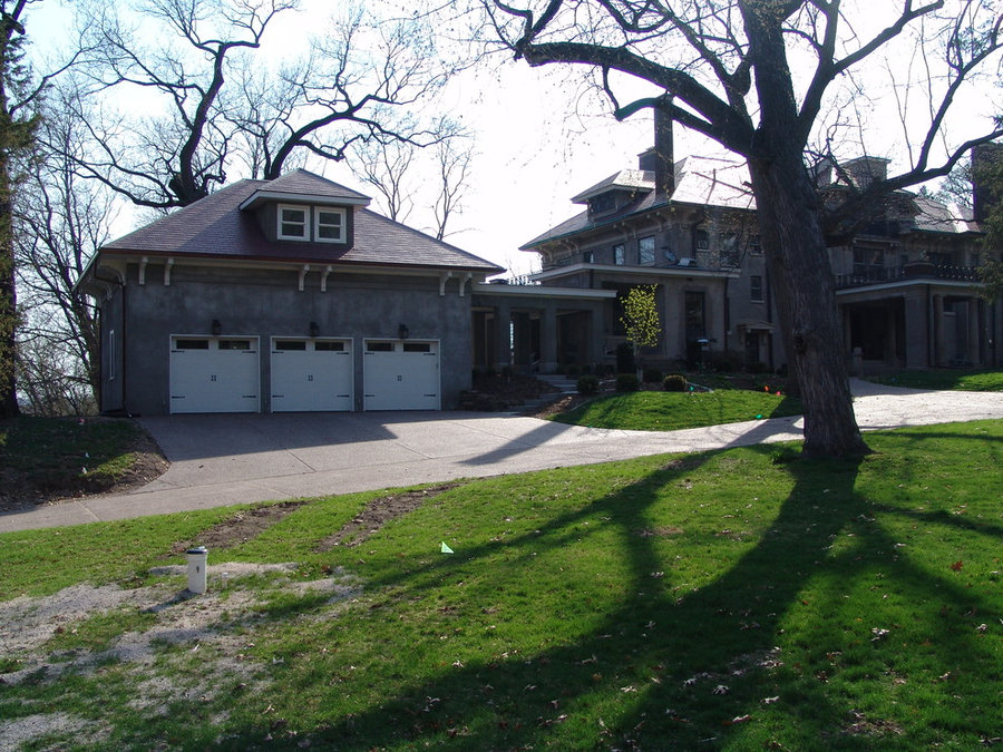Carriage house garage addition