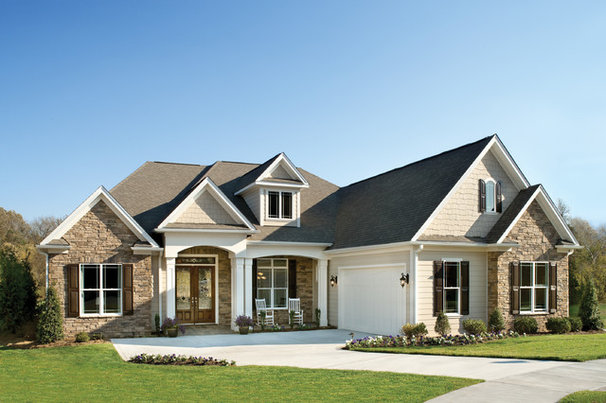 Traditional Exterior by Arthur Rutenberg Homes