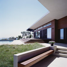 modern exterior by Cary Bernstein Architect