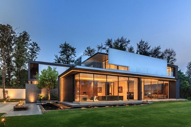 Contemporary Exterior by DADA & Partners