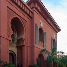 Contemporary Exterior Casa Abulhassan
