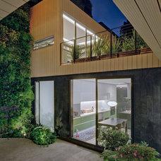 Contemporary Exterior by PAUL CREMOUX studio