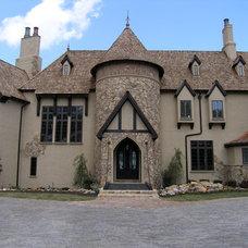 Traditional Exterior by Zar Custom Homes, Inc