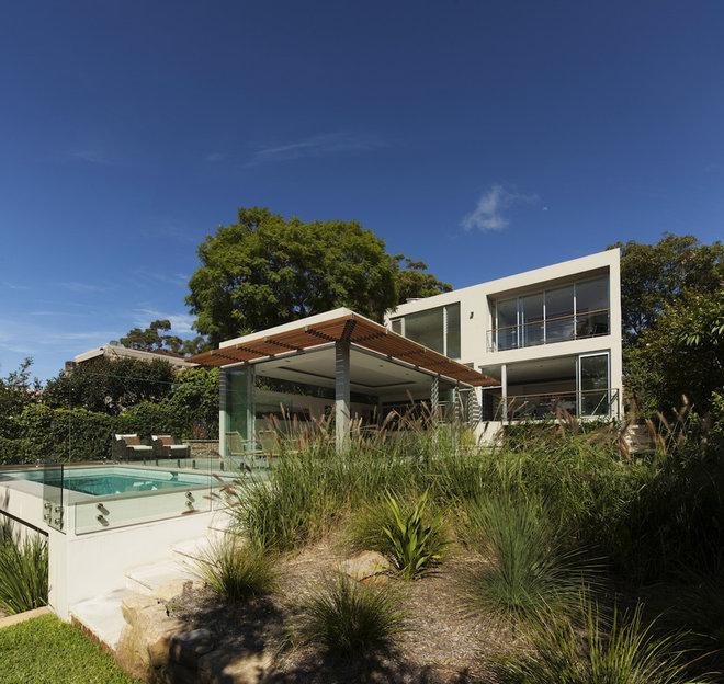 Modern Exterior by Rudolfsson Alliker Associates Architects