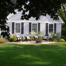 Traditional Exterior by Richard Woldorsky MNLA  / Bachman's Landscapes