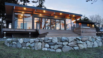 Cathedral Bluff Residence