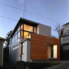 Modern Exterior by Eggleston Farkas Architects