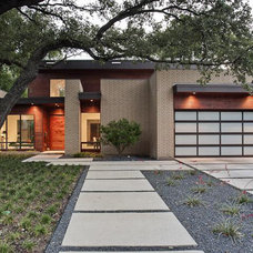 Contemporary Exterior by Greico Designers/Builders Dallas