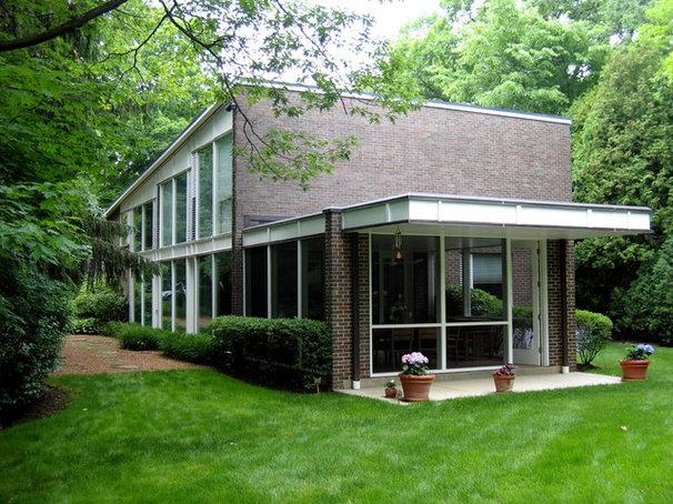 Modern Exterior Chicago mid-century - Keck & Keck