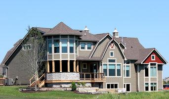 Classic Builders Barn Home - Rear