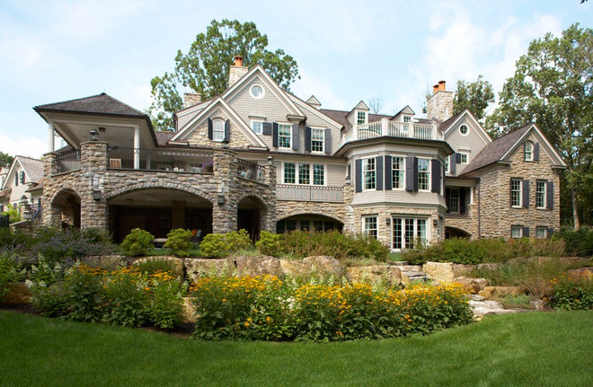 Traditional Exterior by Daniel Contelmo Architects