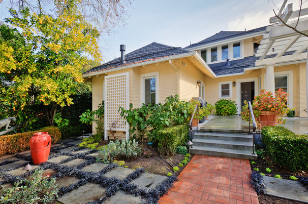 Traditional Exterior by DW Adams Design