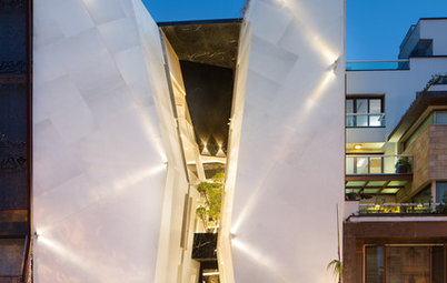Delhi Houzz: This Inverted Home Has an Atrium as Its Heart
