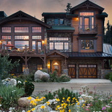 Craftsman Exterior by Dane Cronin Photography