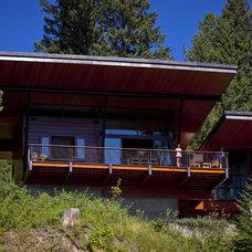 Modern Exterior by Uptic Studios