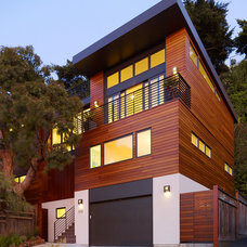 Contemporary Exterior by Design Line Construction, Inc.