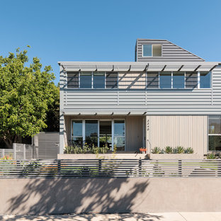 Large Contemporary Multicolored Two Story Mixed Siding Exterior Home Idea  In Los Angeles