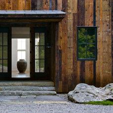 Farmhouse Entry by Demetriades + Walker