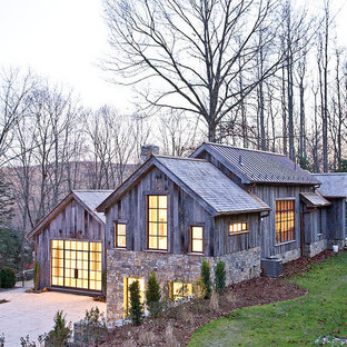 Connecticut House in the Woods