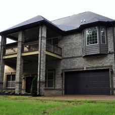 Contemporary Exterior by Robinson Construction Group (Mt. Juliet, TN)