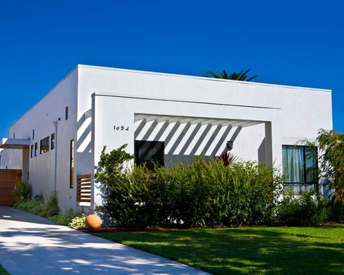 Trendy White Exterior Home Photo In Los Angeles