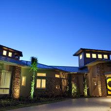 Contemporary Exterior by Diamante Custom Homes