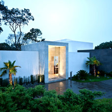 Contemporary Exterior by Grupo MM