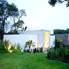 Contemporary Exterior by Grupo MM