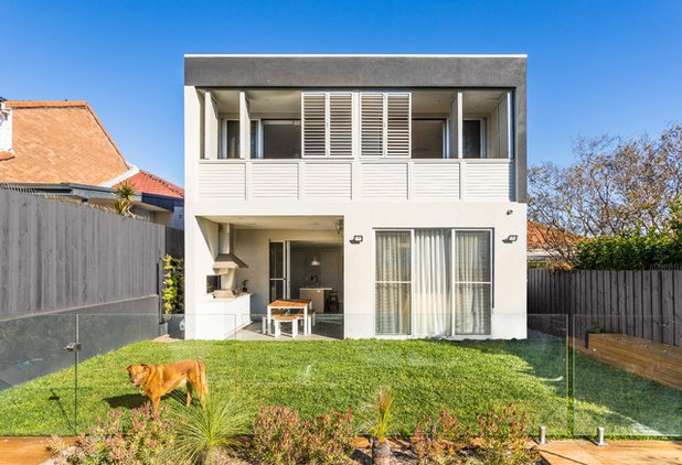 Contemporary Exterior by House to Home Finishes P/L