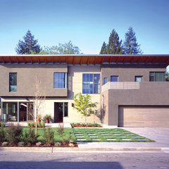 contemporary exterior by Buttrick Wong Architects