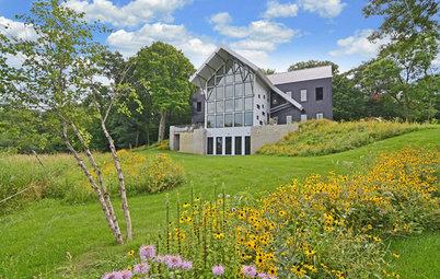 Houzz Tour: Contemporary Farmhouse Vineyard in Minnesota